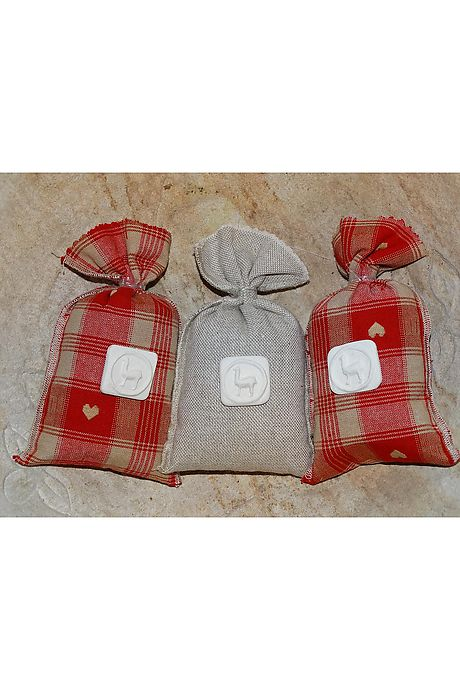 Trio of lavender bags red/linen