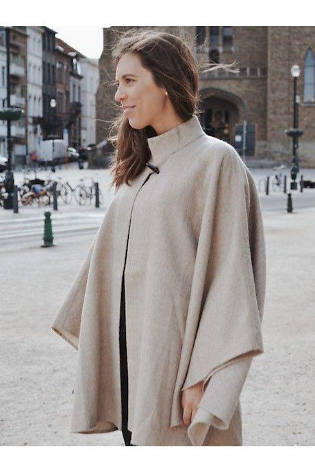 Beige Huaraz Alpaca Cloak
